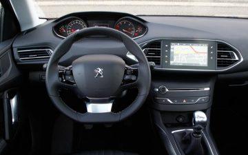 Rent Peugeot 308