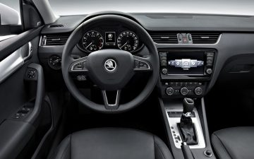 Rent Škoda Octavia A7 Manual