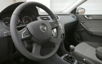 Rent Škoda Rapid